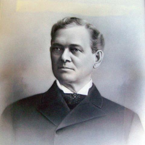 John V. Farwell becomes mayor