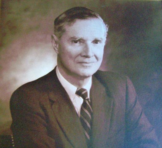 Frank Farwell elected mayor