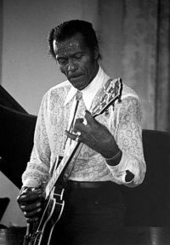 "Chuck Berry lanza su primer cancio ""Roll Over Beethoven"