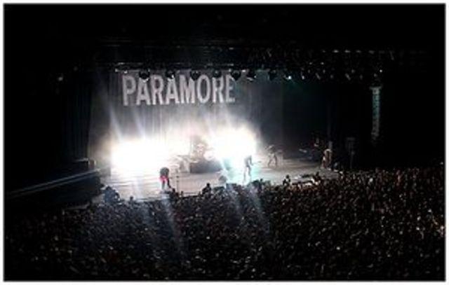 nace paramore en 2004
