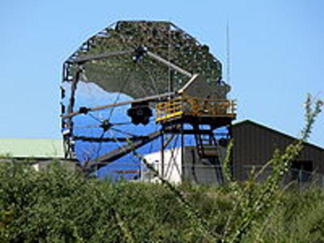 Les multiples miroirs de Magnum pour le télescope ont étaient crééent