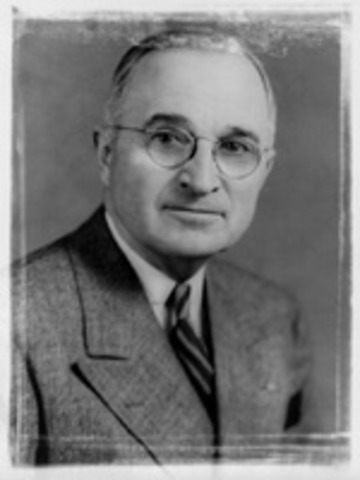 Pres. Truman approves development of hydrogen bombs