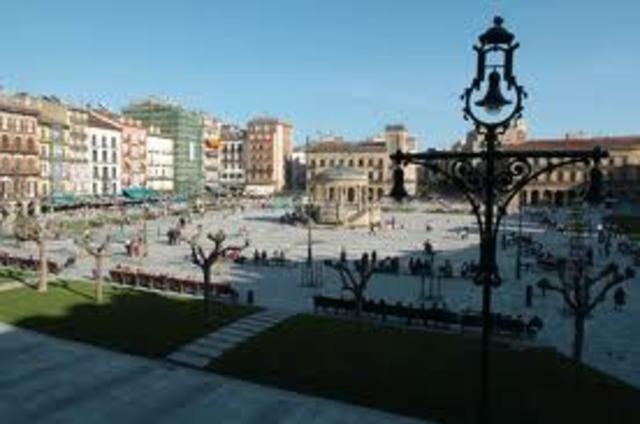 Me voy a vivir a Pamplona con mi familia