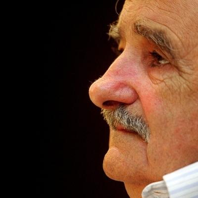 El primer año de gobierno de José Mujica timeline