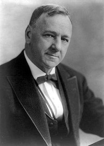 Secretary of the Navy, Josephus Daniels