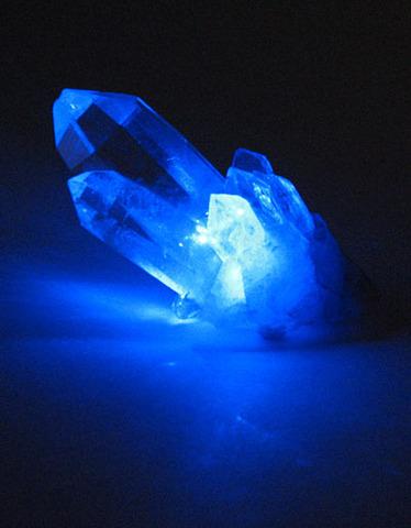 (4 BYA)- Crystals Fall From A Bright Star