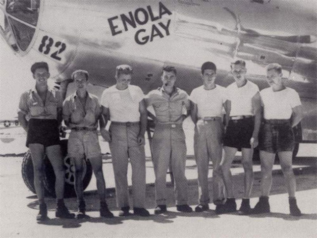 First atomic bomb dropped on Hiroshima