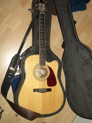 La meva primera guitarra acústica