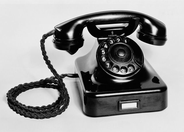 S'invita el telèfon