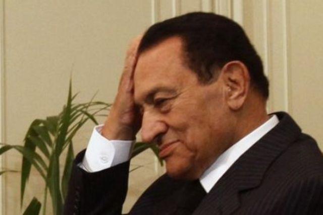Mubarak steps down