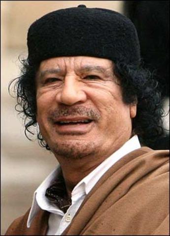 Ghaddafi blames U.S.