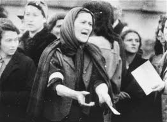 deportations from Warsaw ghetto began