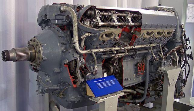 Aparició del motor de benzina