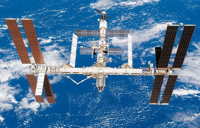 Inici de la ISS