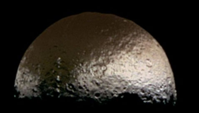 Iapetus dicovered by Cassini