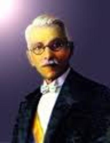 Miguel Abadía Méndez toma posesión