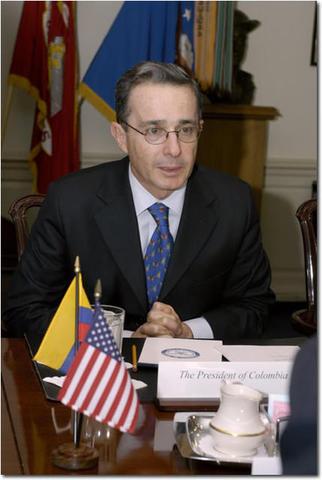 Reelección de Alvaro Uribe
