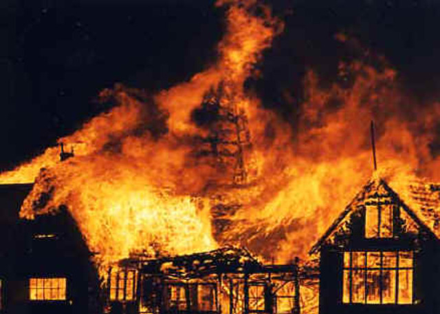 The Great Fire of London occured.