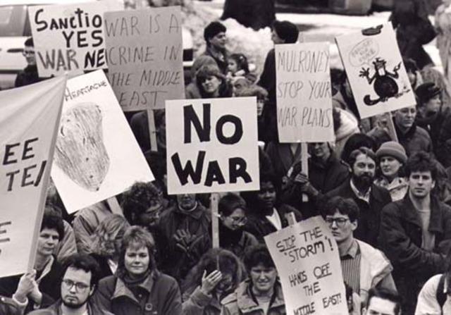 Canada enters the Gulf War