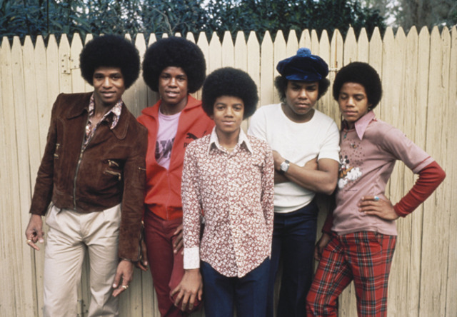 "Jackson 5 releases ""Lookin through The Glass"""