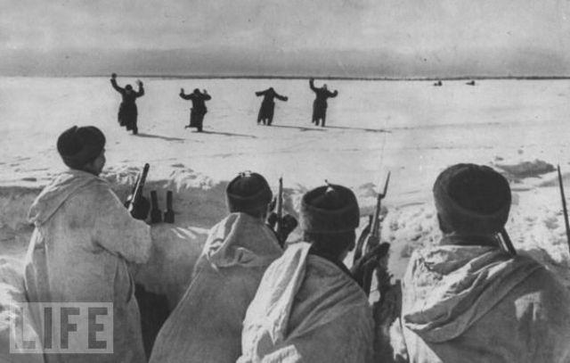 Germans At Stalingrad Surrender