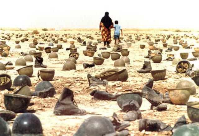 Iraq invades Iran