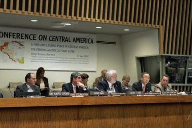 Central American Countries Sign Regional Peace Plan