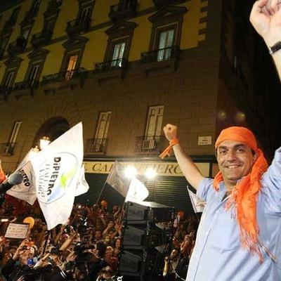 Napoli, la campagna elettorale timeline