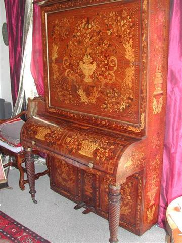 Tall cabinet piano