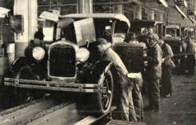 Nacé la Compañía Ford Motors
