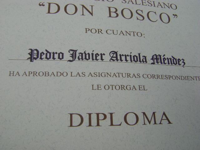 Me graduó de Bachiller en el Colegio Don Bosco