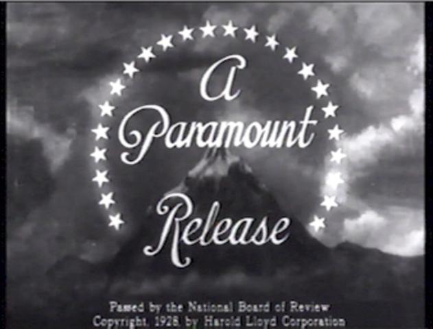 Paramount-Publix goes bankrupt