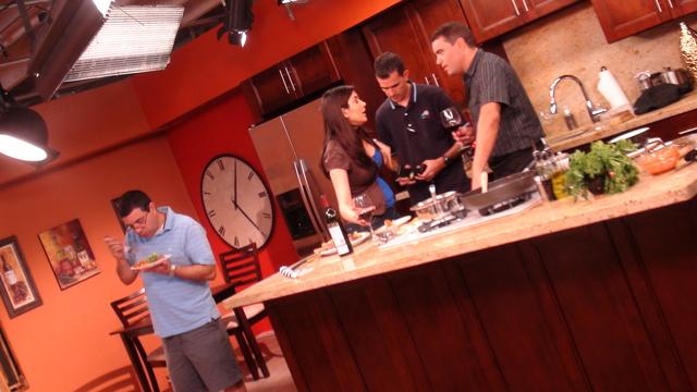 Cocinando con Don Davis (3:00 P.M.)