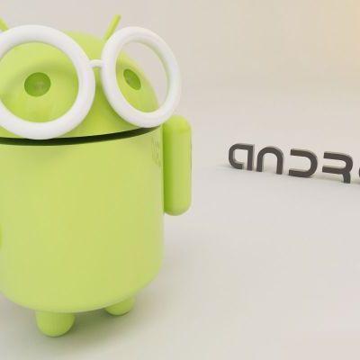 Androidi v hájedničce timeline