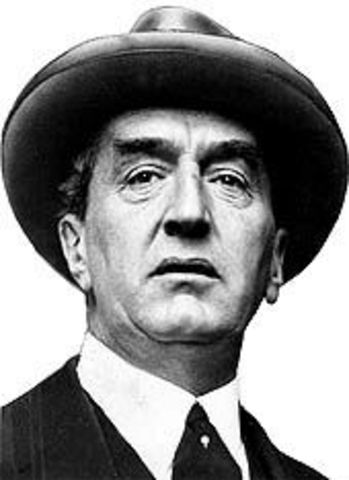 Stanley Melbourne Bruce become the 8th Prime Minister of Australia