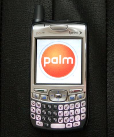 First smartphone Sprint Palm Treo 700p