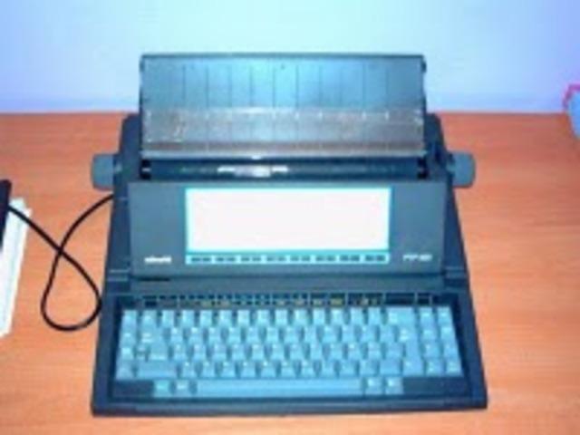 Mi primera maquina de escribir