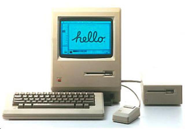 Es lanzado al mercado El Macintosh 128K