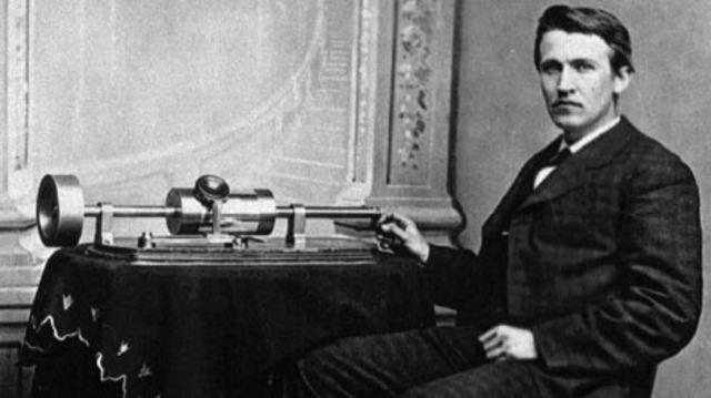 1877 Tin Foil Phonograph
