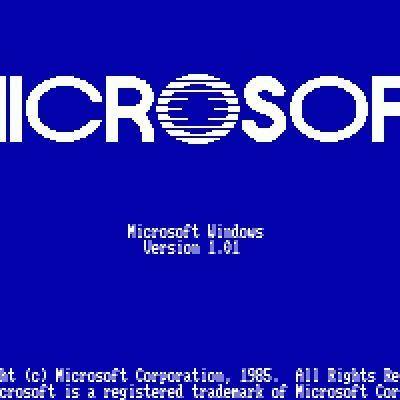 20 de noviembre de 1985 fue el primer intento de Microsoft de implementar un entorno operativo gráfico multitarea en la plataforma PC. timeline
