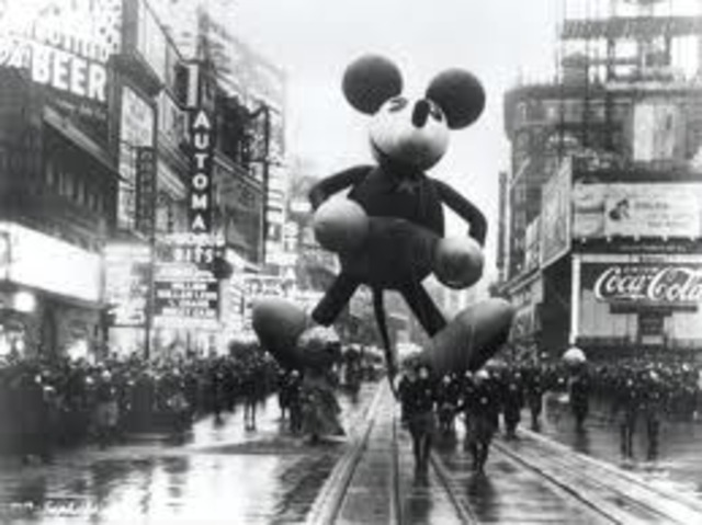 Mickey Mouse is Introduced