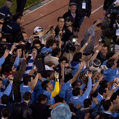 Uruguay campeón de América 2011 timeline