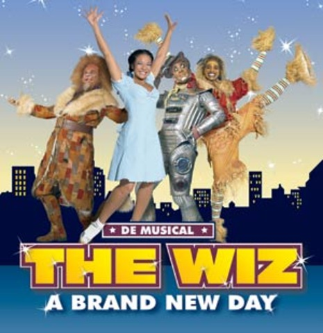 Stars in The Wiz as The Scarecrow