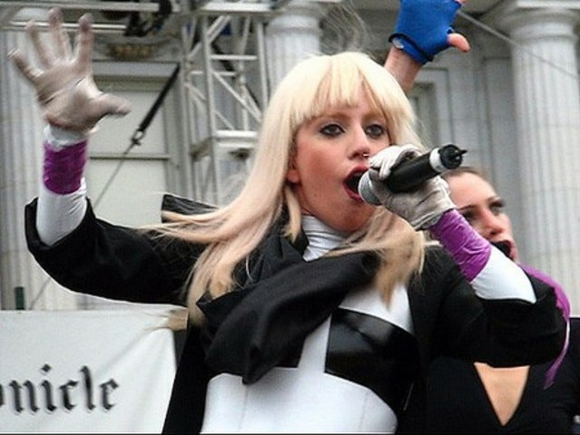 Lady Gaga's first performance~