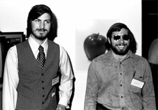 Jobs y Wozniak se hacen millonarios