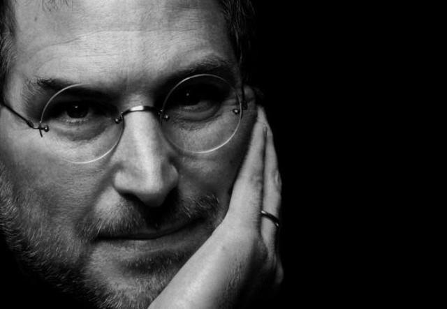 Muere Steve Jobs.
