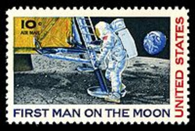Stand 2 Technology - Man on the Moon