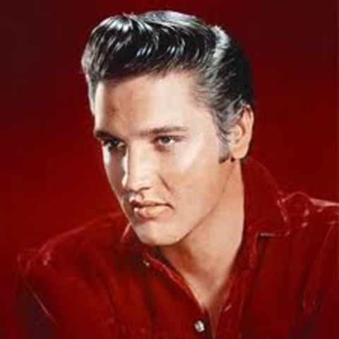 Elvis Presley becomes extremely popular!