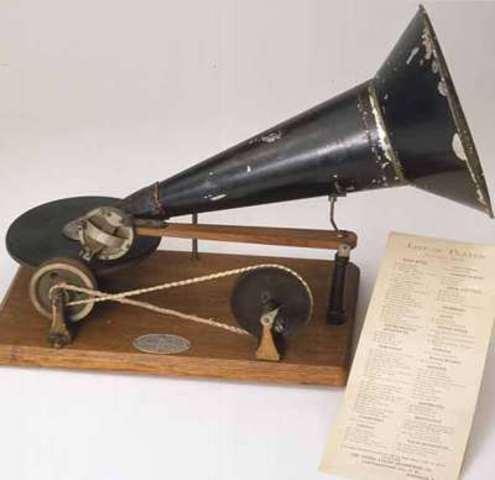 Flat-Disc Gramophone