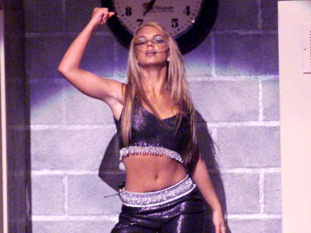 Britney's First VMA Performance